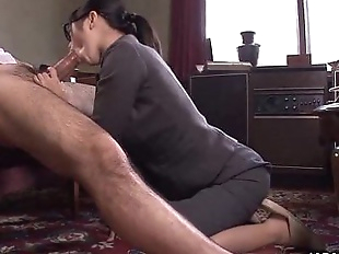 Office Lady Kana getting her wet pussy creampied..