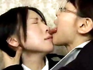Asian Lesbian Wild Tongue Kiss - 6 min