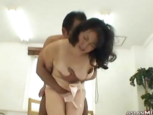 Milf Getting Her Hairy Pussy Licked Stimulated..