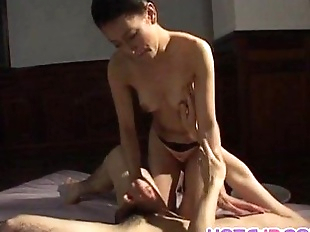 Yumi Shindo fucked doggy a lot - 10 min